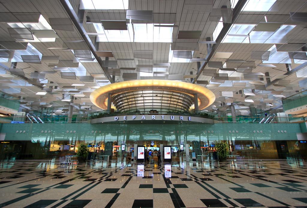 Điểm danh những sân bay đẹp và sang trọng bậc nhất thế giới