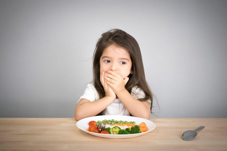 trẻ bỏ ăn