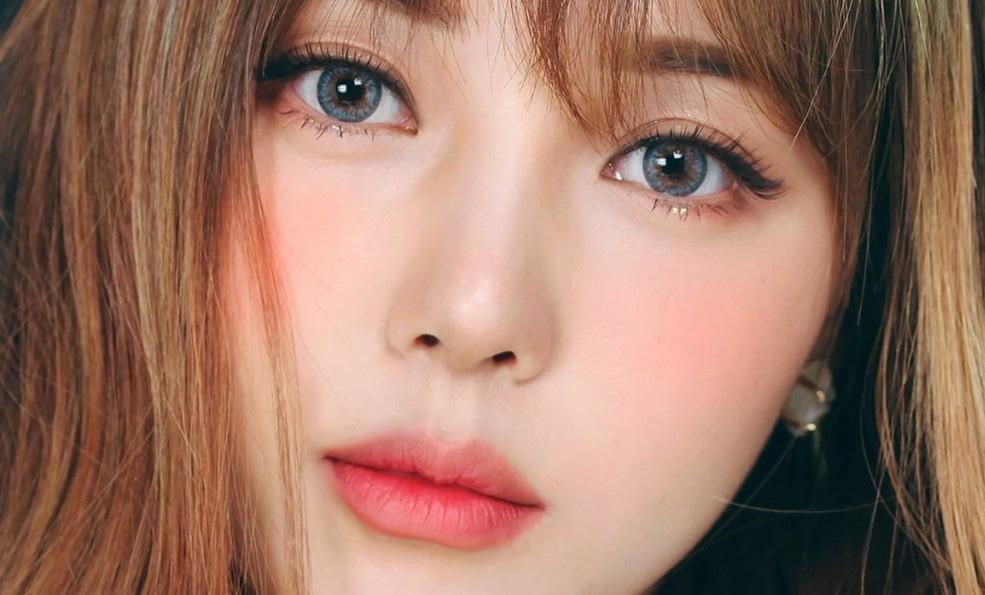 Phương pháp massage giúp đôi mắt của bạn to tròn như khi make up