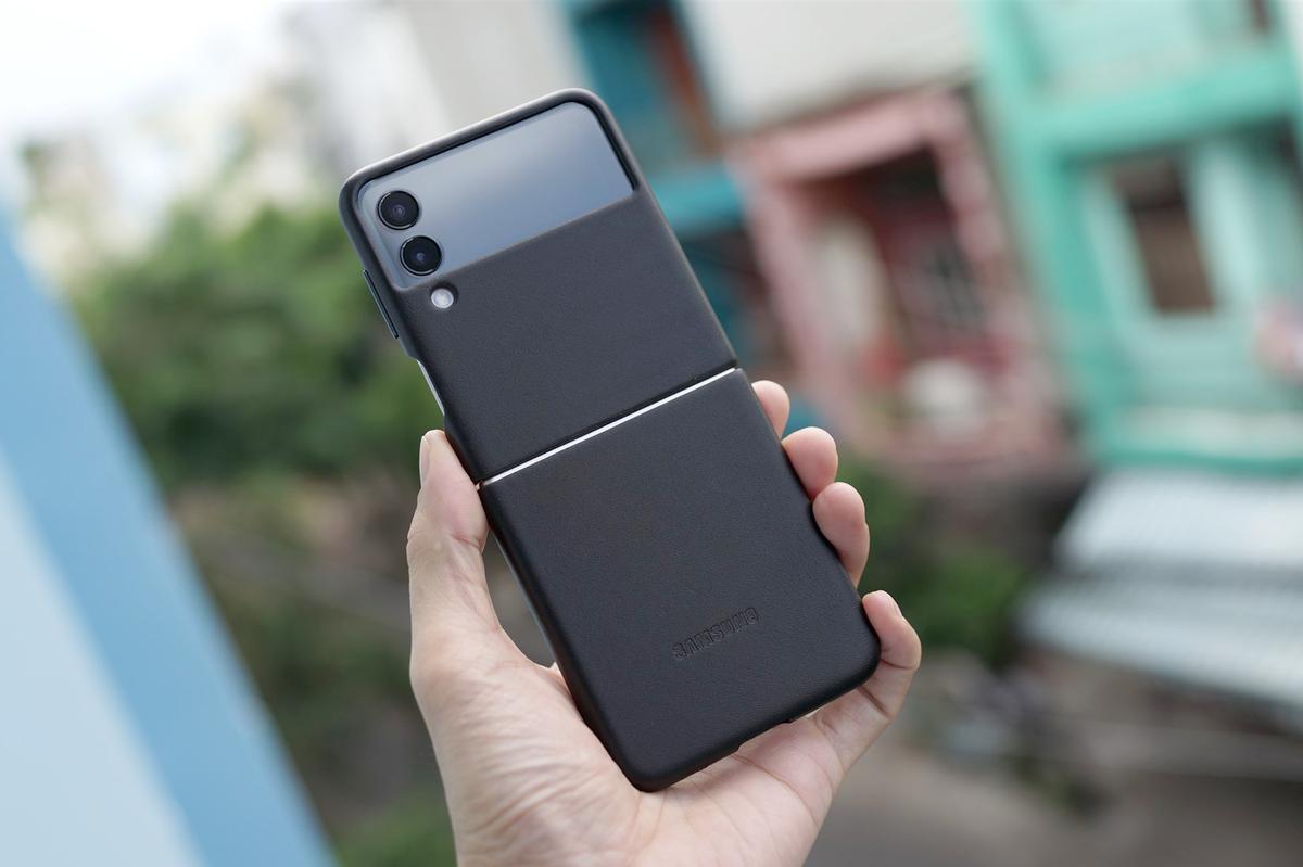 Những đồ vật tuyệt đối không nên để chung với smartphone của bạn