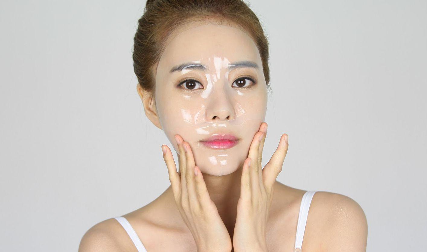 Mặt nạ được chiếc xuất từ thiên nhiên giúp cho làn da luôn tươi trẻ