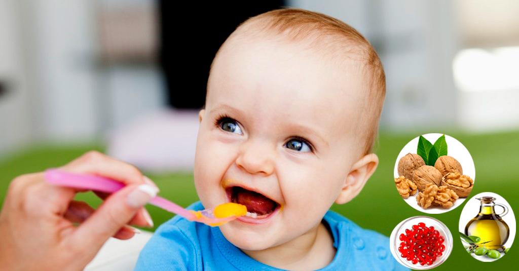 Bật mí những loại dầu ăn tốt cho bé ăn dặm và cách sử dụng