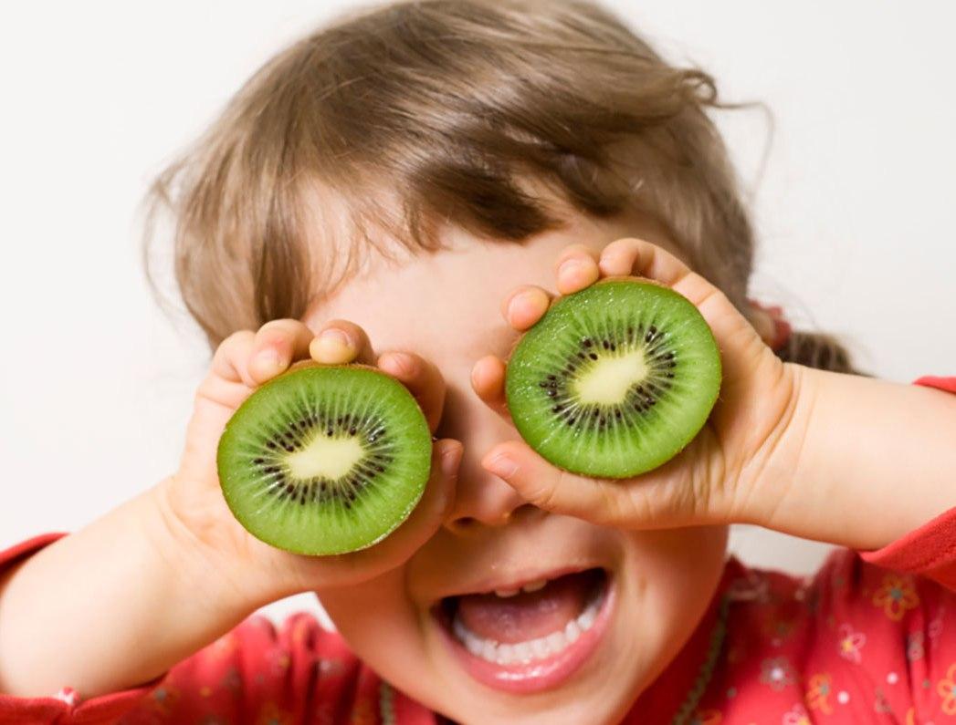 Giá trị dinh dưỡng từ quả kiwi đối với trẻ em như thế nào?